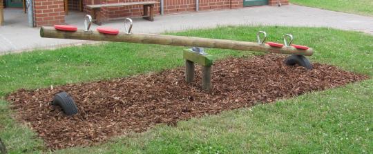 Kinder Holzwippe für 4 Kinder Garten-Holzwippe Wippen im Freien - (3066)
